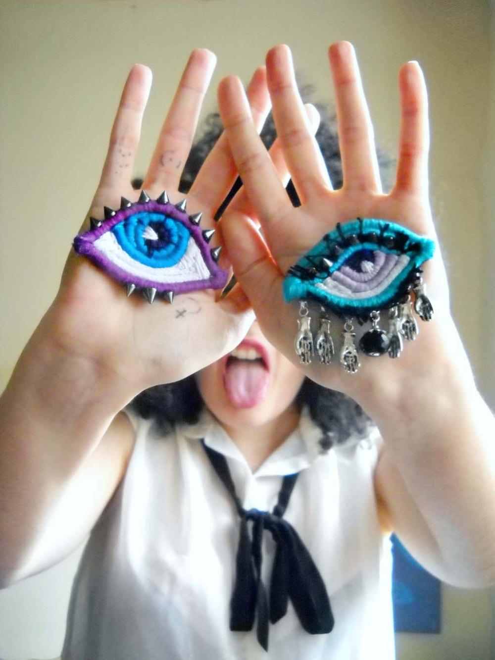 autoritratto linguaccia e occhi