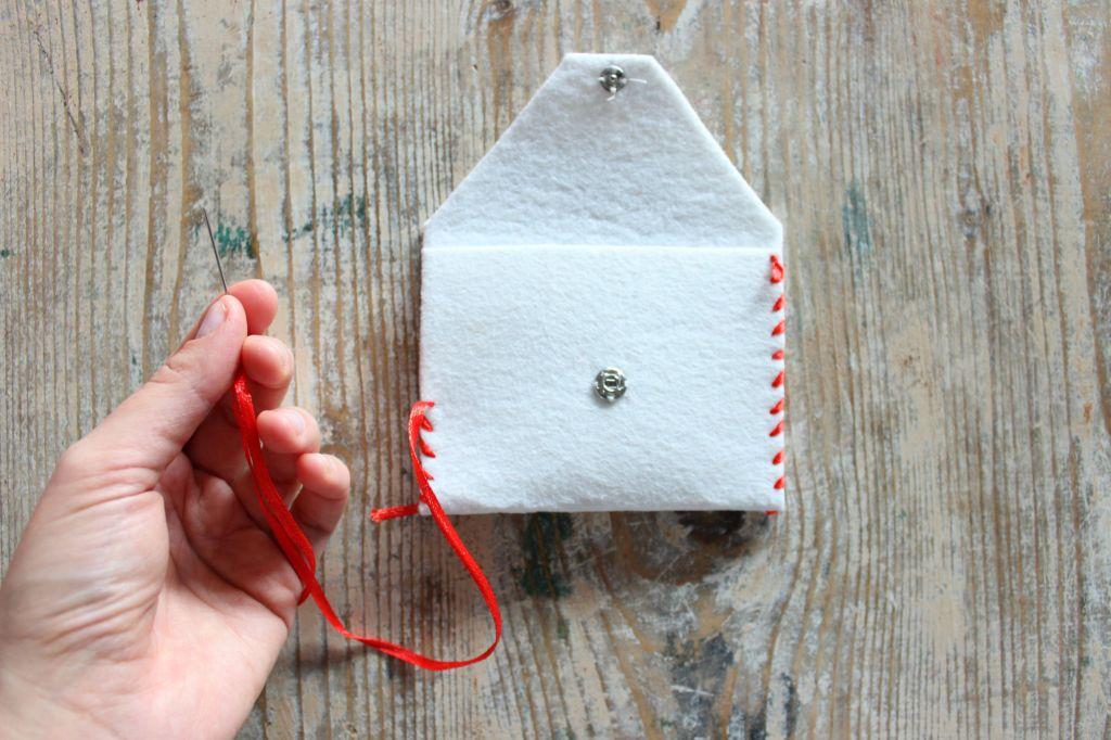 cucito a mano cucito creativo tutorial regalo fai da te tovaglietta colazione a forma di cuore