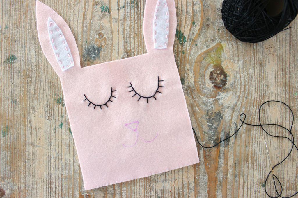 tutorial sacchetto porta cioccolatini pannolenci cucito a mano